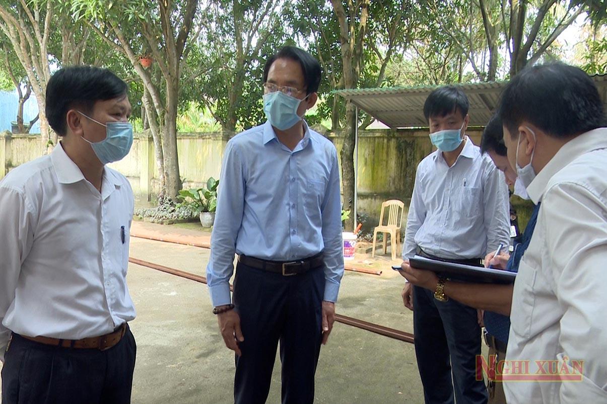 Chủ tịch UBND huyện Nguyễn Hải Nam kiểm tra công tác phòng chống dịch tại khu cách ly khách sạn Hanvet