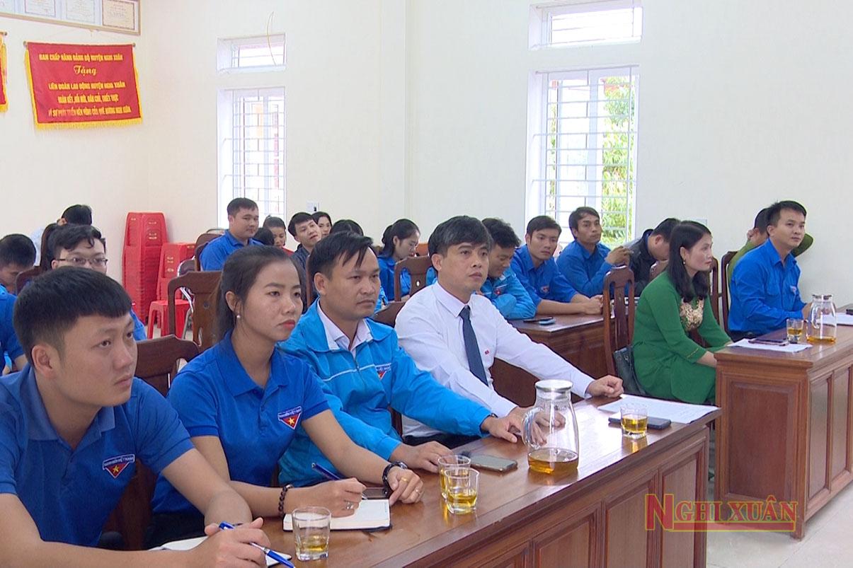 Cùng dự có Trưởng ban Tuyên giáo Huyện ủy Lê Thị Thanh Tâm, Trưởng ban Dân vận Huyện ủy Trần Quỳnh Thao, Chủ tịch UBMTTQ huyện Lê Tiến Hải.